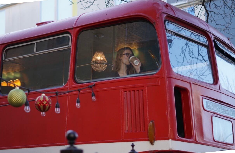 A very britpop photo of Jessie enjoying a coffee...